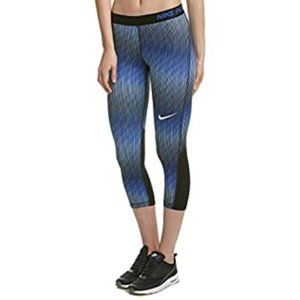 Nike PRO Cool Stairstep Tights S Crop Athletic